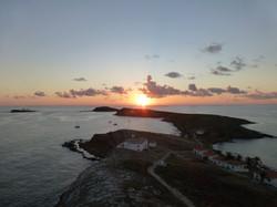 Por-do-sol na Ilha Santa Bárbara