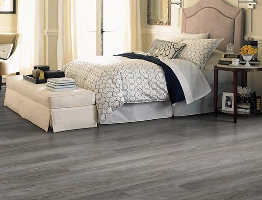 pavimento pvc effetto legno grigio