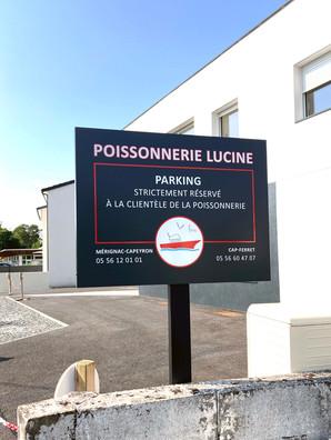 Panneau Signalétique Parking poissonnerie R°V°