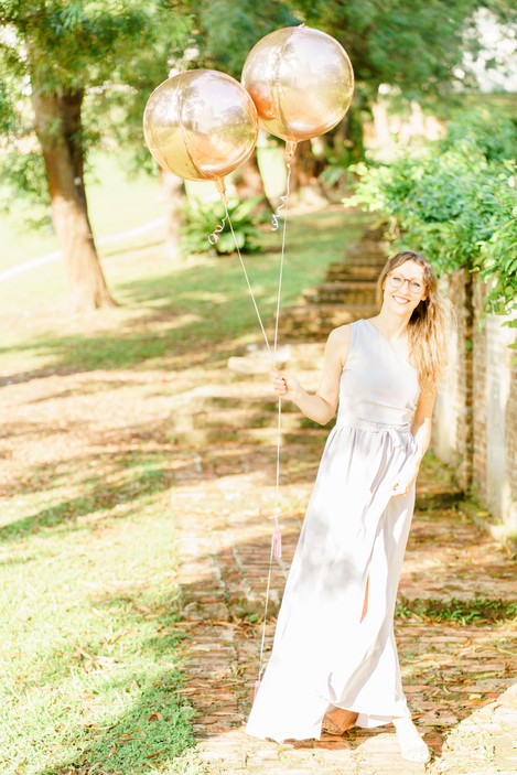 Fort Canning Singapore birthday photo shoot with balloons