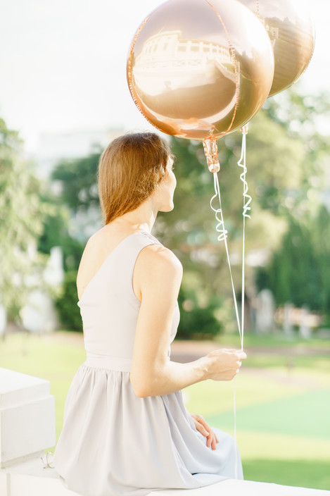 Fort Canning Singapore photo shoot with balloons