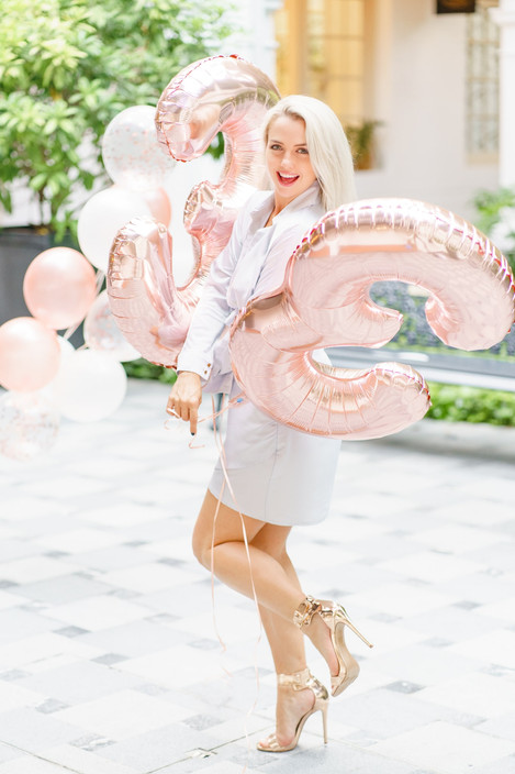 Raffles Hotel Singapore birthday photo shoot with balloons Raph&Remy
