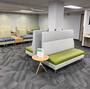 Coact modular lounge, Roo table
