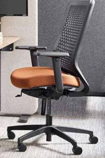 Genus Task Chair