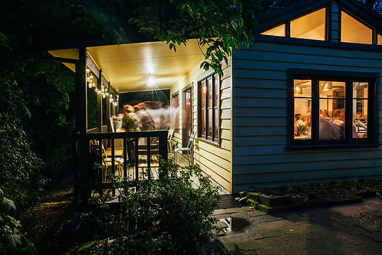 Lindsay's Cafe by Night - a beautiful and peaceful bushland setting