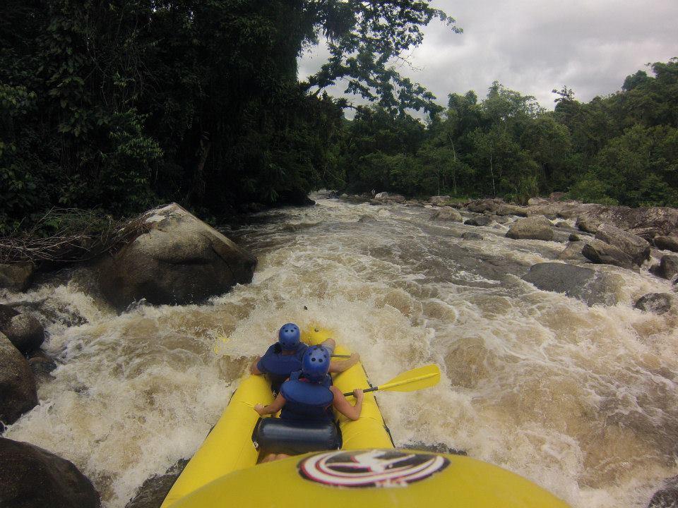 RAFTING NO RIO MAMBUCABA -ATIVA RAFT