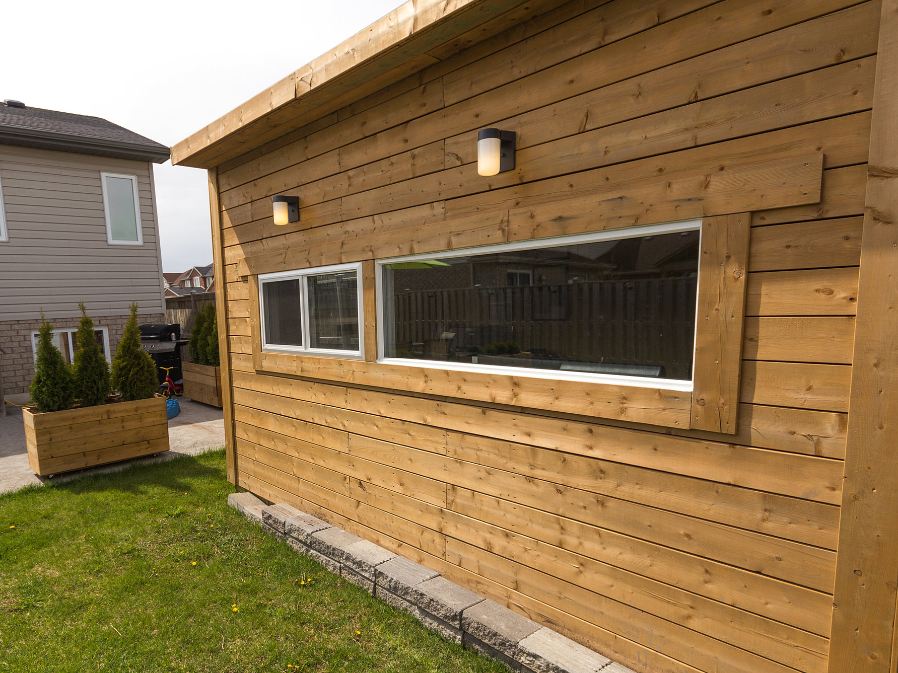 ^ Backyard scape Studios - Modern Sheds, Backyard Offices and Bunkies