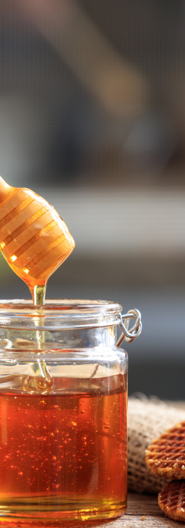 crispy-waffles-and-honey-PBXUQGA.jpg