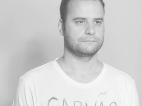 Paulo Carvalho volta seu canto para as transformações do amor no disco 'Carvão'