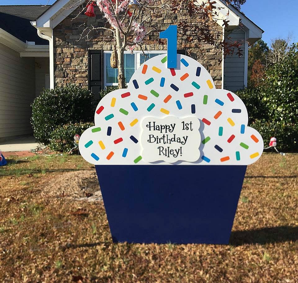 Giant Cupcake Birthday Yard Sign Rental - Orlando
