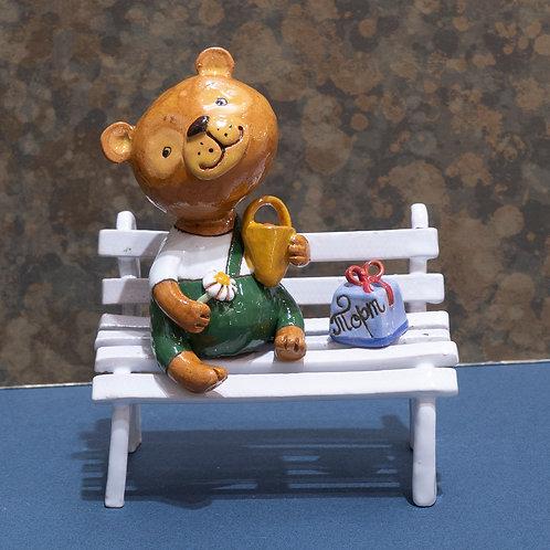 "Статуэтка ""Мишка на скамейке"", 14 см, керамика"