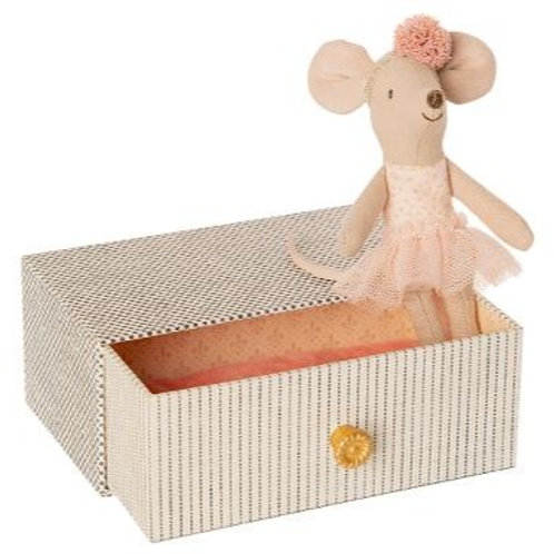 Maileg  dance mouse on Daybed - Little Sister