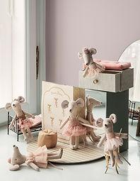 Maileg dance Mice-700x900-1.jpg