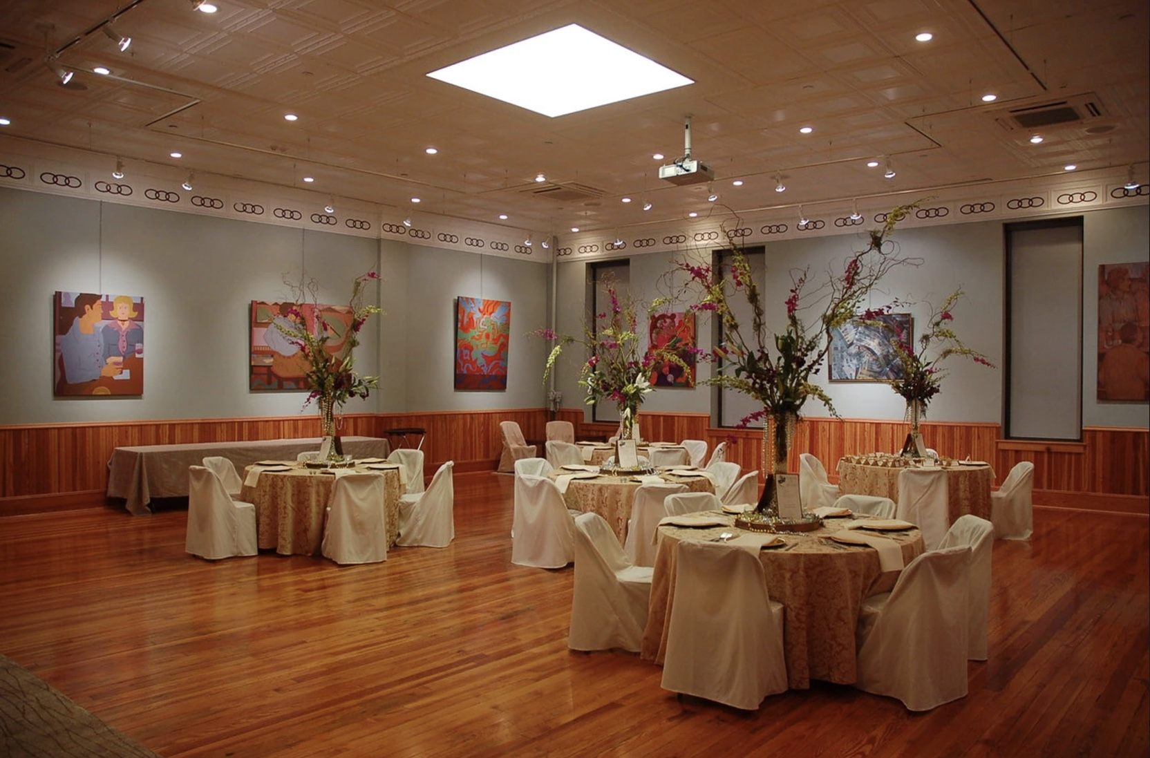 An elegant wedding reception