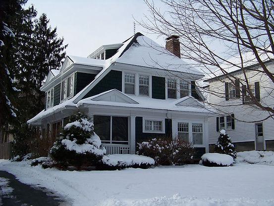 Snow House.jpg