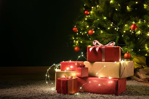 front-view-christmas-tree-gifts_edited.j