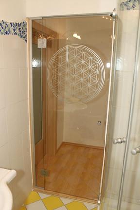 Badezimmerverglasung