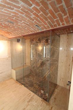 Nur-Glas-Dusche mit Drehtür
