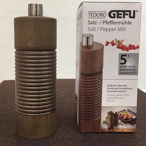 Gefu / Salz- oder Pfeffermühle / Tedoro braun