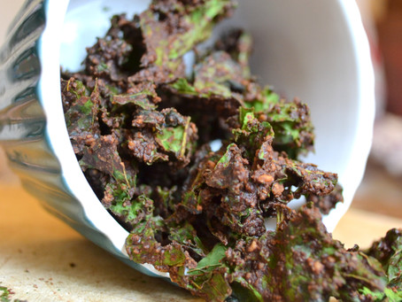 Chocolate Kale Chips with Cinnamon and Maca