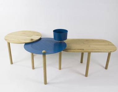 Dizy Design: as 78 mesas foram feitas com os parquets retirados durante a demolição de galpões de logística