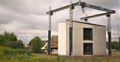 Casa construída com impressora 3D tem dois andares e ficou pronta em 15 dias