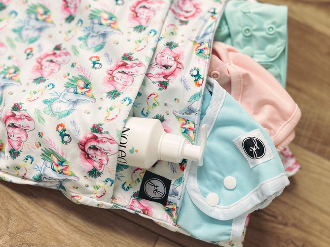 The Cloth Diaper Lovers' Guide to Baby Gifts