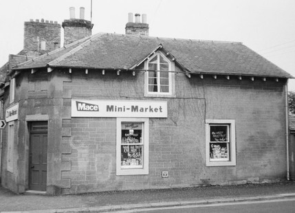 Mace Mini Market.jpg