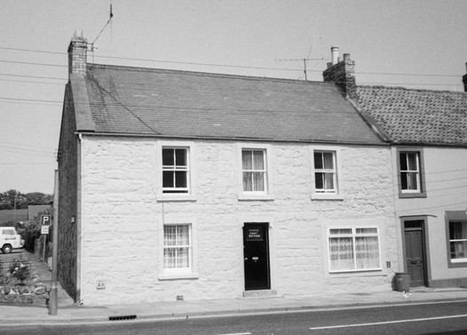 Corner Croft Cottage, 25 High St.jpg