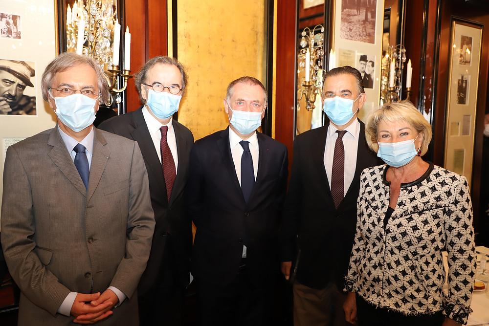 Olivier de TILIERE, Alain CARADEUC, Philippe JUVIN, Jean-François LEGARET et Catherine DUMAS