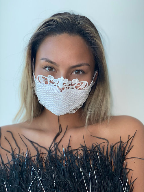 Dominatrix Lace Mask