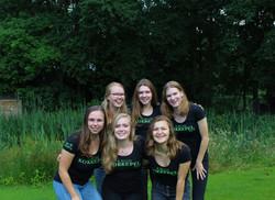 Kelly, Sanne, Toos, Emma, Jasmijn en Claire