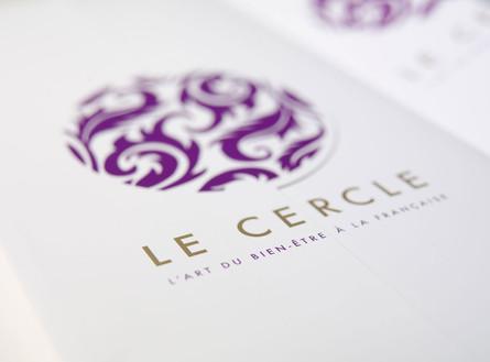 L'art du bien-être à la française – cosmétique. Dépliant. Réalisation Unigraf