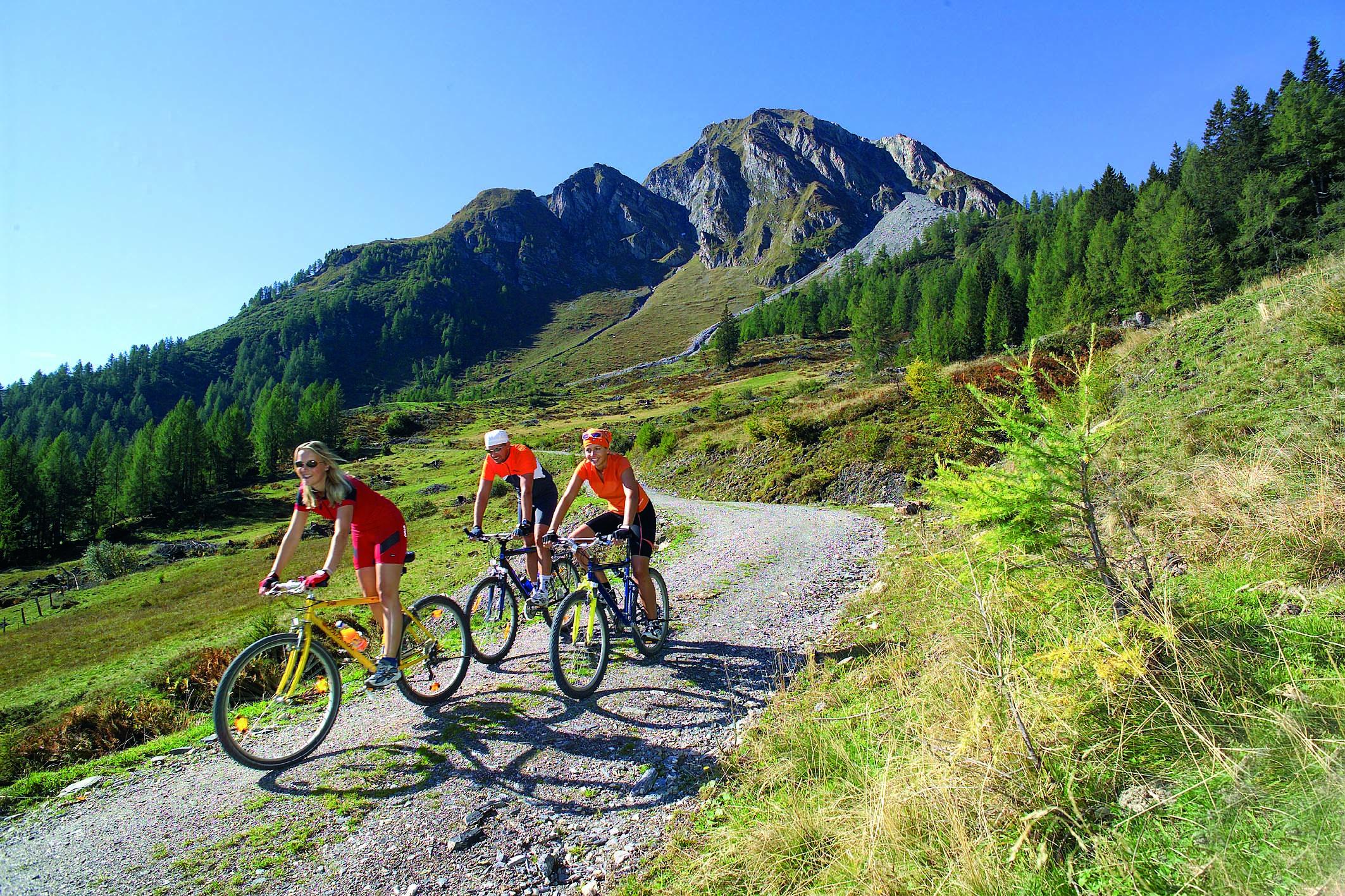 Mountainbike mit Bernkogel