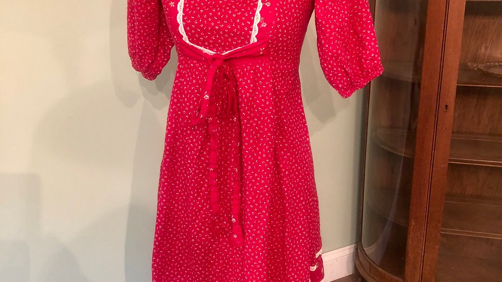 Vintage dress with front tie
