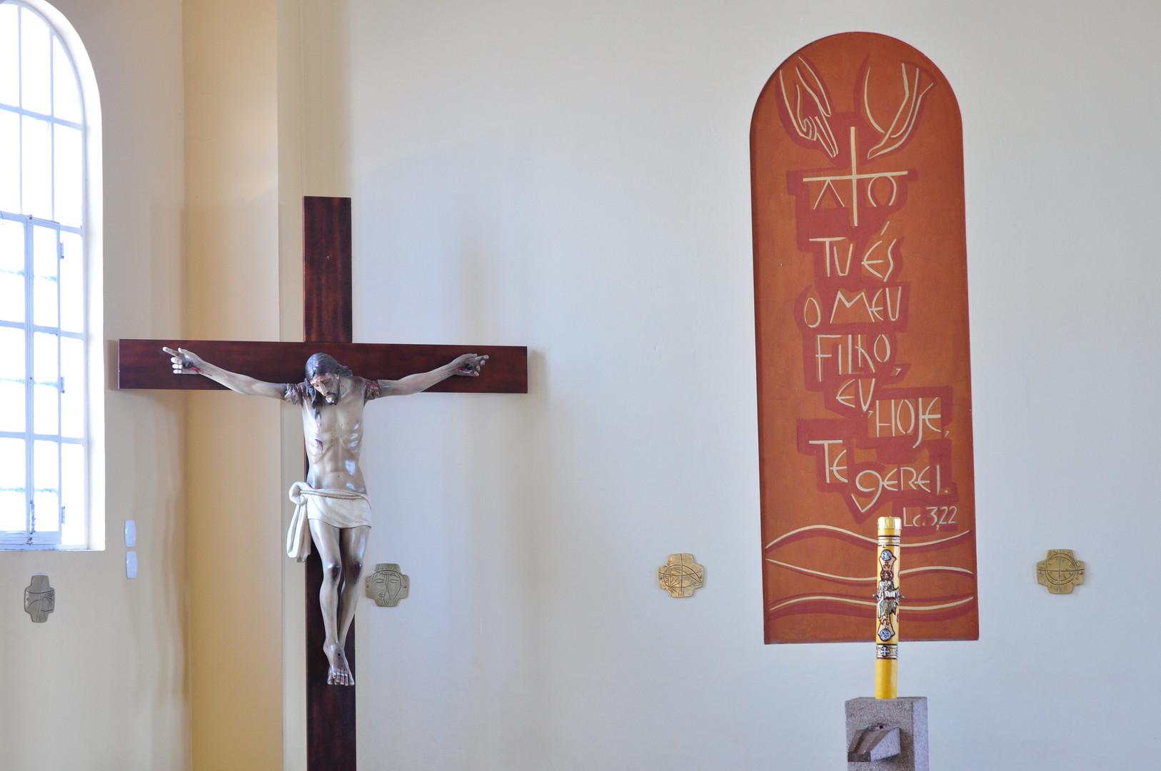 Pia Batismal e Jesus