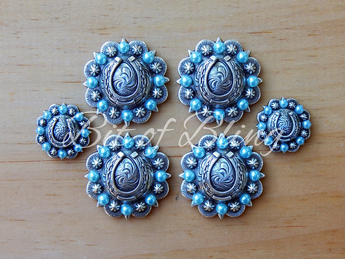 Antique Silver Round Berry Horseshoe Saddle Concho Set - Light Turquoise Pearls
