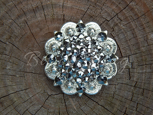 Shiny Silver Round Berry Concho - Light Chrome