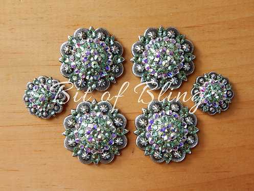 Antique Silver Round Berry Saddle Set - Chrysolite & Crystal AB