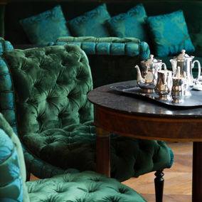 Luxury interior at La Réserve Hotel & Spa in Paris