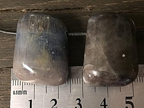 Safir ca. 26 gr. 3 mm. hul