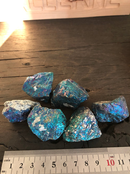 Påfugle sten m. kobber og jernmalm ca. 45 - 80 gr.