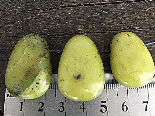 Jade Korea m. 3 mm. hul ca. 9 - 15 gr.