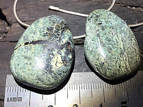 Serpentin Sølvøje m. 3 mm. hul ca. 12-15 gr.