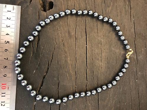 Hæmatit halskæde ca. 45 cm. 8 mm. perler
