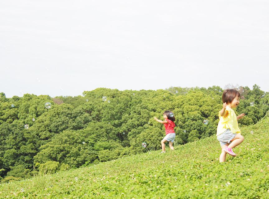 思いっきり走り回れる場所がある。 そして、大人がゆっくり食事する場所がある。 夏のグリナリウム。