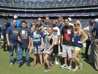 'Big' fun in San Diego to see Chargers