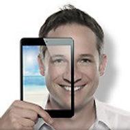 iPad-Zauberer-Simon-Pierro.jpg