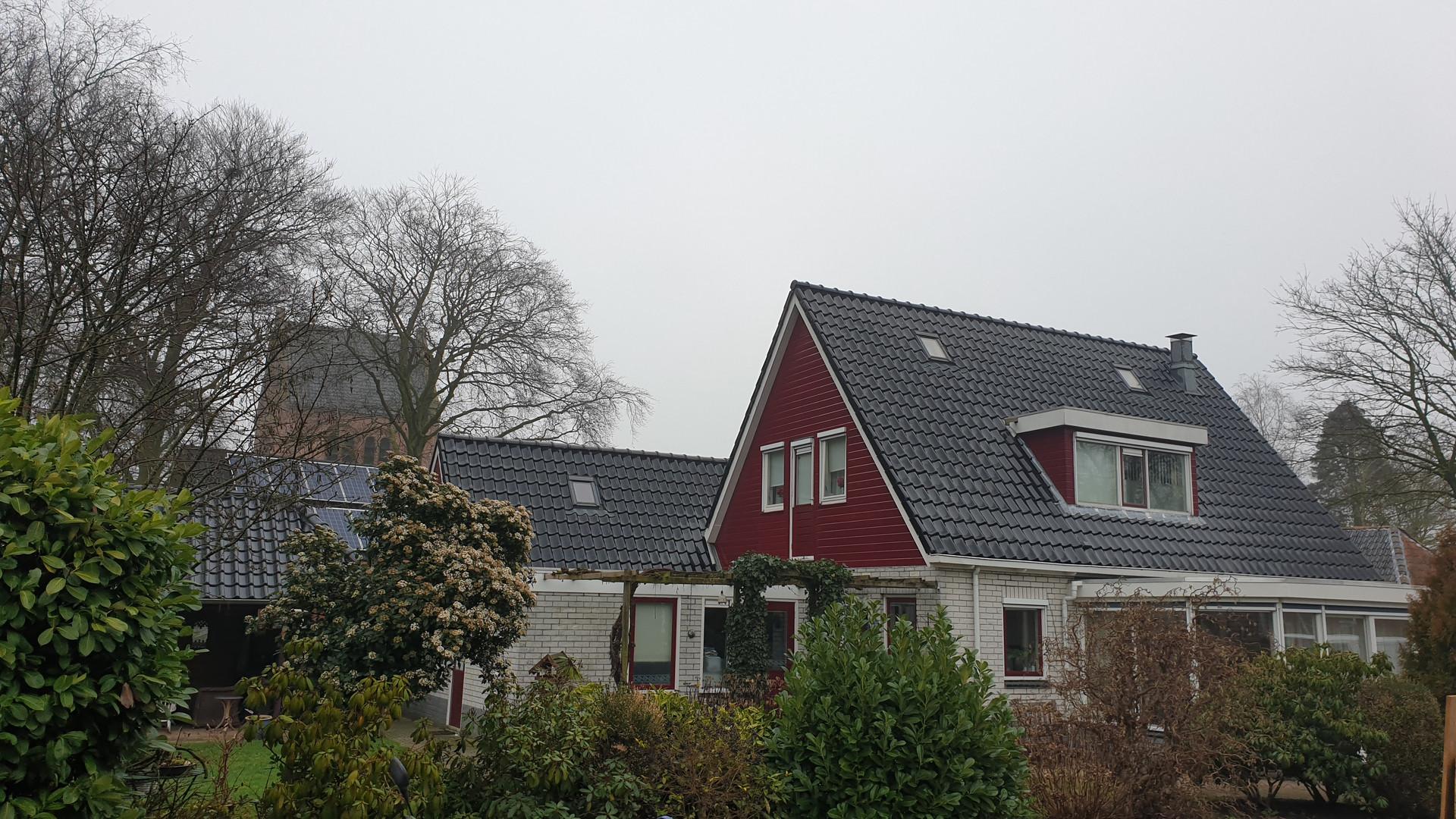 Zijkant Meidenhuis Buitenboel