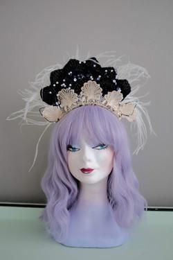 Vintage inspired crown